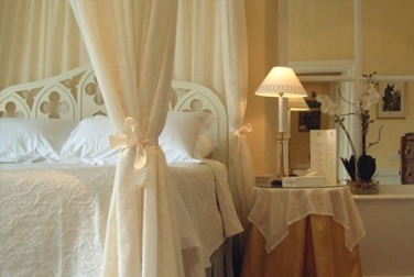 Experience Gifts Couples in Love Spa Break